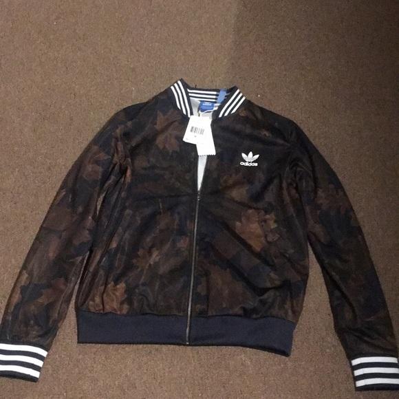 Adidas Leaf SSTR TT jacket NWT